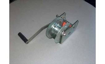 2500lb Manual Winch with Brake